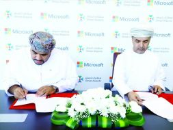 Oman Airports signs a memorandum of understanding with Microsoft to promote Airp..